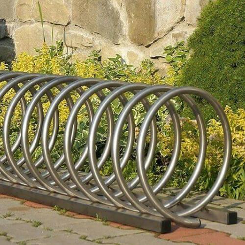 Stojany na bicykle (kovové)